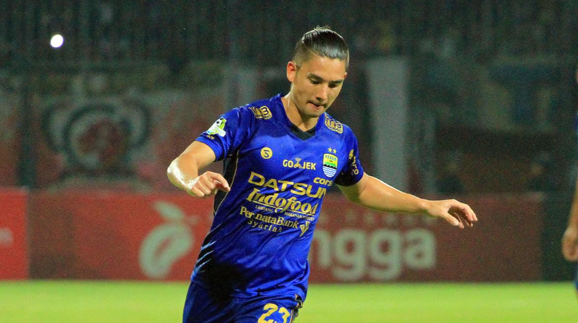 pemain bola ganteng muda indonesia